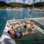 法国朗格学生参加双体船游览